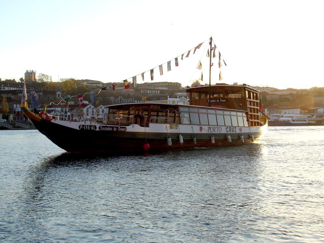 passeio de barco no douro preços